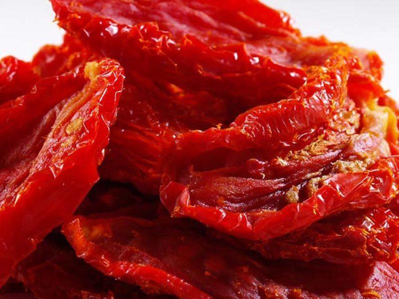Вяленые помидоры в микроволновке  Источник: https://best-recipes.ru/vyalenye-pomidory-v-mikrovolnovke-proshhe-ne-prigotovish/