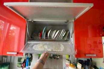 Гениальное просто: показываю, как отмыть от известкового налета поддон для сушки посуды 1