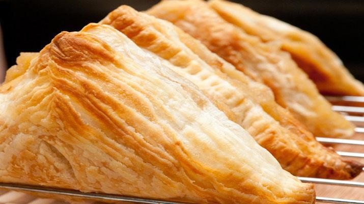 Как приготовить вкусное слоеное тесто своими руками за 10 минут