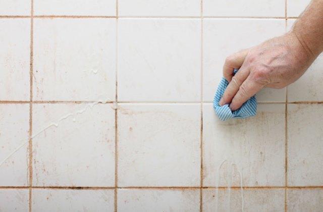 Как отбелить швы между плиткой в ванной. Самые простые способы 1