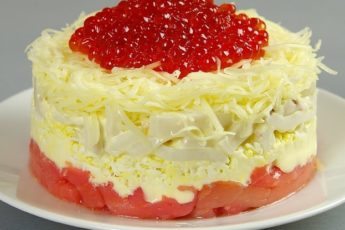 Шикарный салат «Сытый Боцман» на праздничный стол. Новогодний рецепт 1